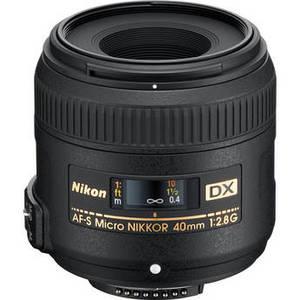 AF-S DX Micro NIKKOR 40mm f/2.8G Lens Product Image