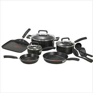 Signature Non-Stick 12-Piece Cookware Set - Black Product Image