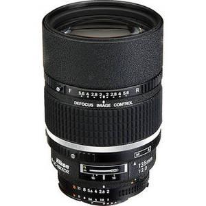 AF DC-NIKKOR 135mm f/2D Lens Product Image